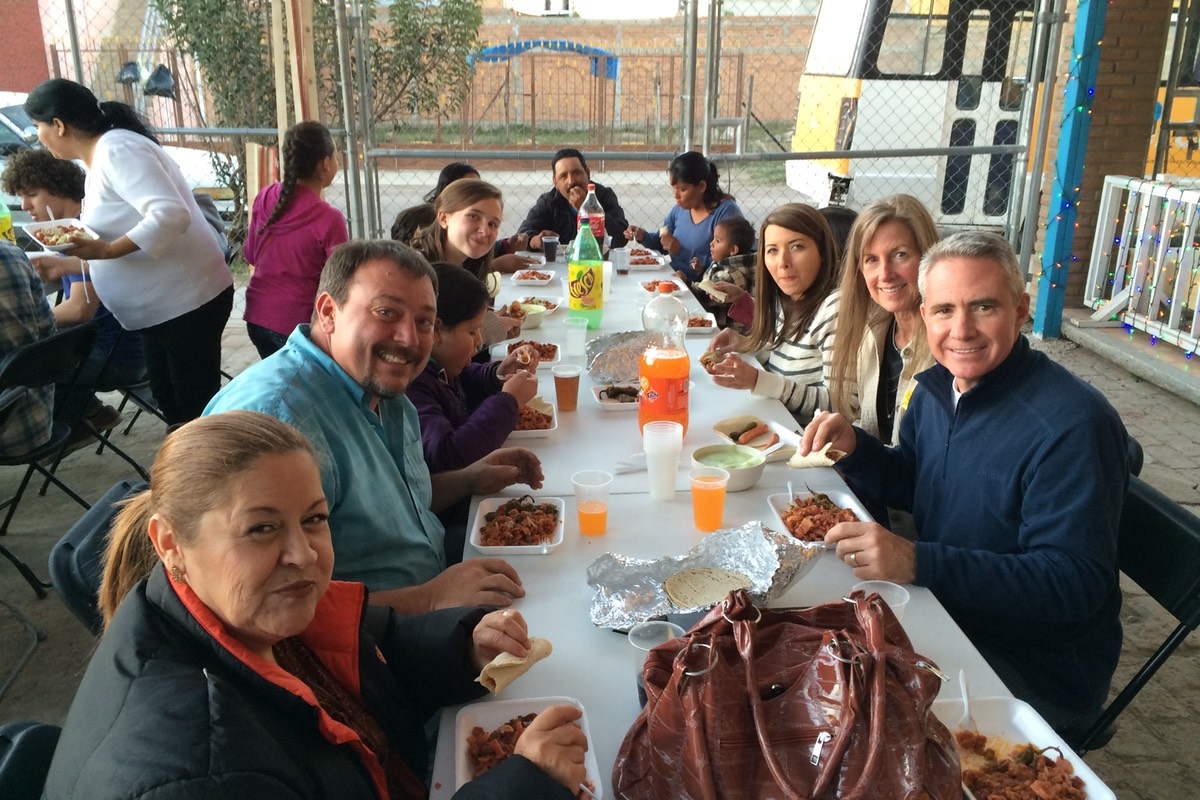 2014 Thanksgiving Mission Team